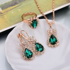 Emerald Green Jewelry Set - Crystal Gold Plated